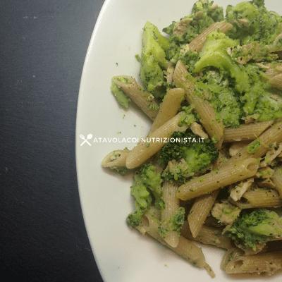 pasta integrale broccoli e tonno