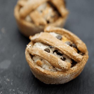 crostatina integrale ricotta e gocce di cioccolato