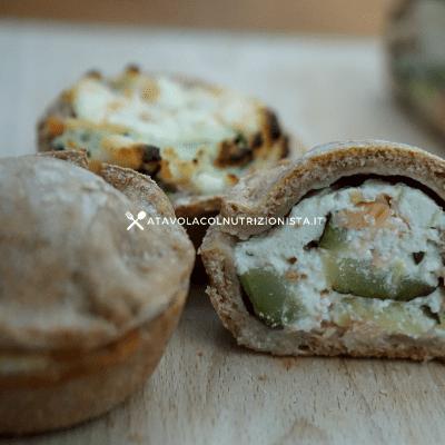 fagottini integrali ricotta salmone e zucchine