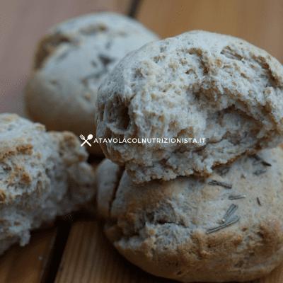 pane integrale alla ricotta