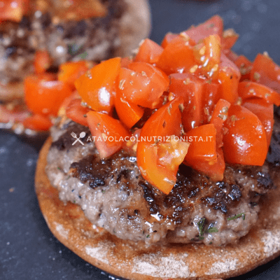 Hamburger bruschetta