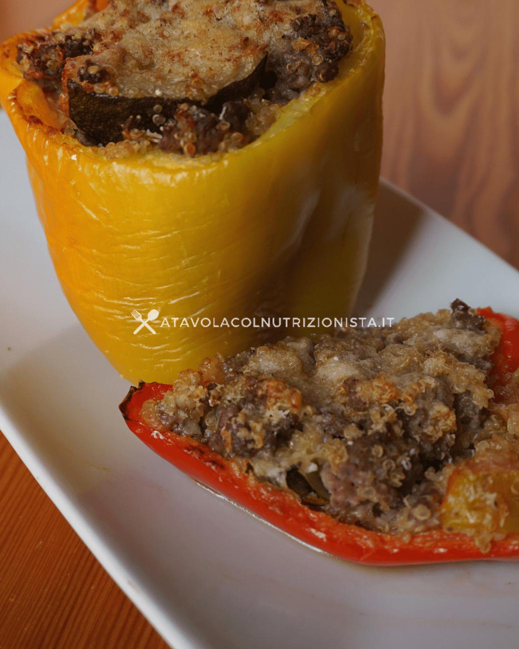 Peperoni Ripieni con Quinoa Macinato e Zucchine