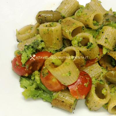 pasta broccoli e pomodorini