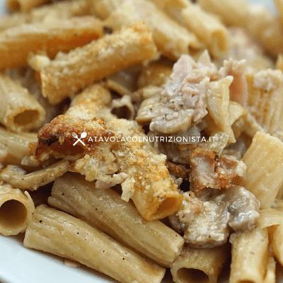 Pasta Integrale al Forno con Funghi e Prosciutto Cotto alla Crema di Yogurt Greco