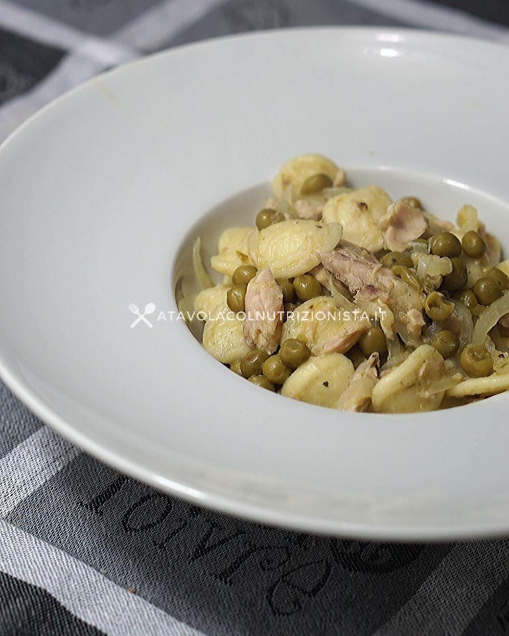 Pasta con Tonno e Piselli: La ricetta del piatto unico veloce e gustoso