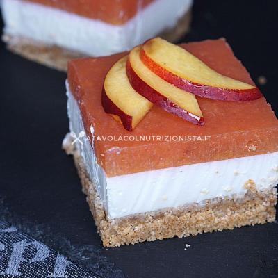 cheesecake alle pesche senza zuccheri aggiunti