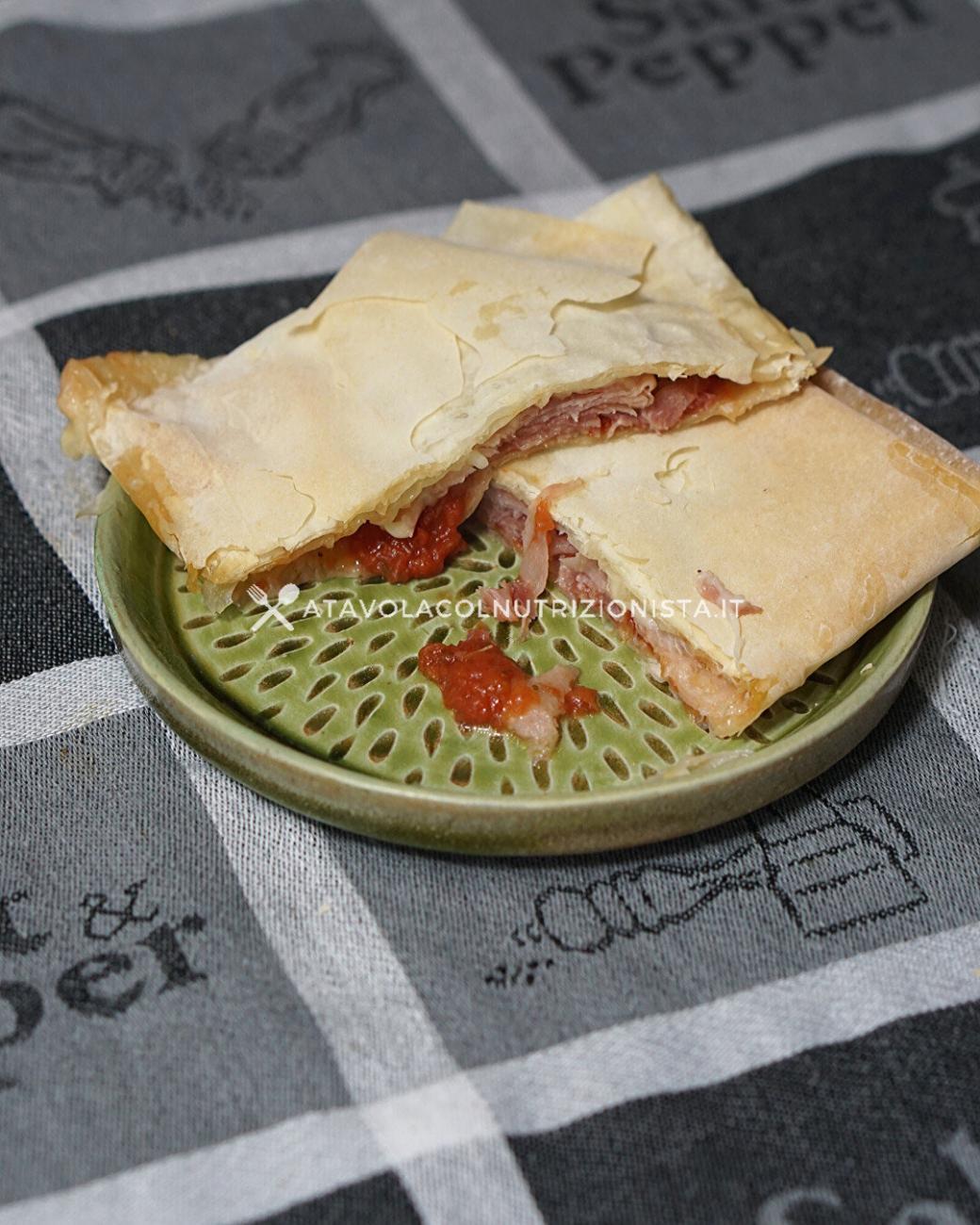 Fagottini di Pasta Fillo Prosciutto e Mozzarella