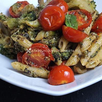 ricetta Pasta con Broccoli e Pomodorini
