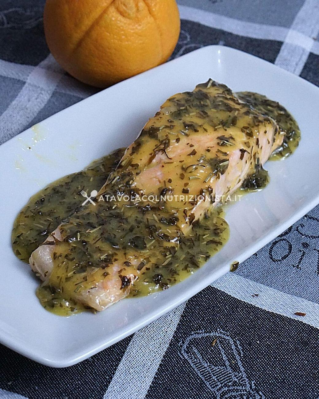 Filetto di Salmone in Salsa d'Arancia