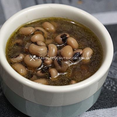 ricetta zuppa di fagioli con l'occhio
