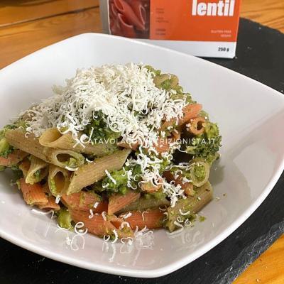 ricetta Pasta di lenticchie coi broccoli e ricotta salata