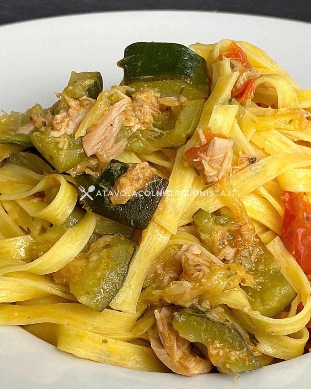 Pasta con Tonno, Pomodorini e Zucchine