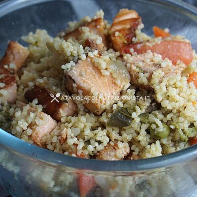 ricetta estiva Cous Cous con Salmone e Verdure